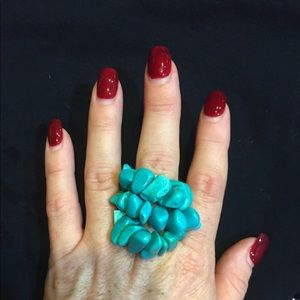 Jewelry - Turquoise stretchy ring